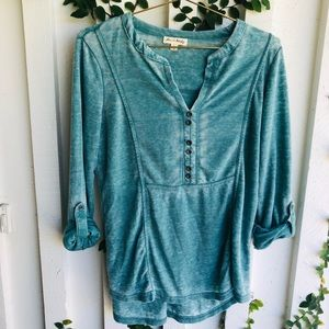 Jane and Delaney S green Henley long sleeve top
